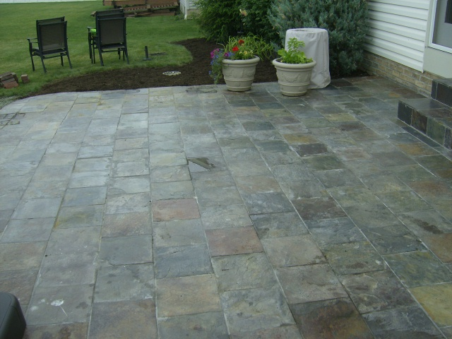 Custom stone facing, natural stone and stone tile installation